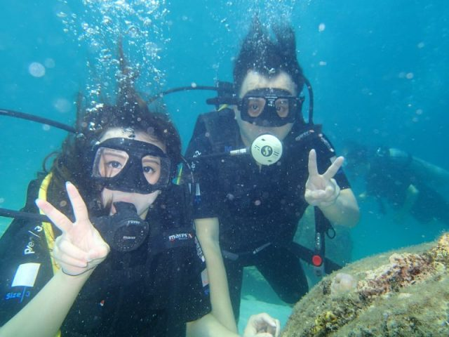 Aktivitas Diving couples
